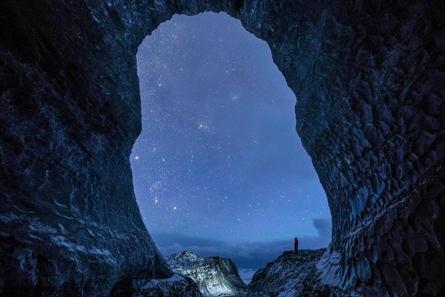 Exploring the remarkable underbelly of the Breiðamerkurjökull glacial tongue in Iceland. (Photo by Dave Brosha/Astronomy Photographer of the Year 2018)