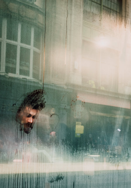 The reader. Learning to London. Art, culture and style shortlist. (Photo by Guillaume Flandre/@gflandre)