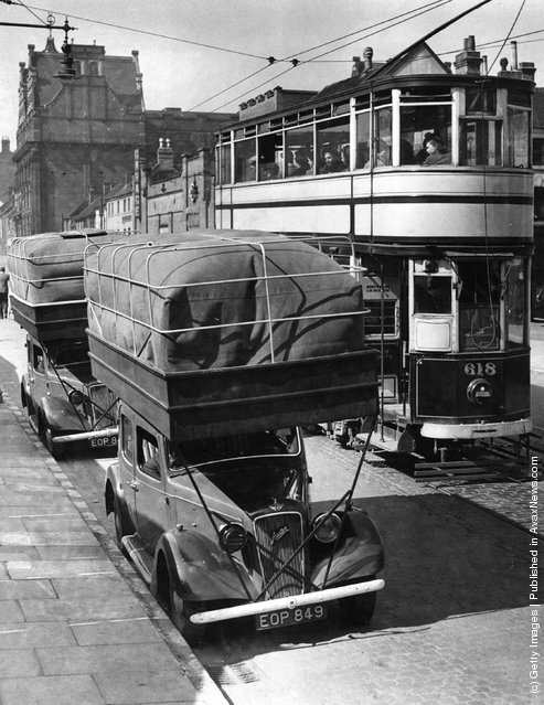 1940: Gas-driven taxis in a street in Birmingham
