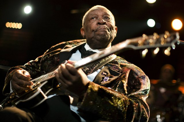 U.S. blues legend B.B. King performs onstage during the 45th Montreux Jazz Festival in Montreux, in this file picture taken July 2, 2011. Guitarist B.B. King, who took the blues from rural juke joints to the mainstream and influenced a generation of rock guitarists from Eric Clapton to Stevie Ray Vaughan, has died, USA Today reported late on May 14, 2015. He was 89. (Photo by Valentin Flauraud/Reuters)