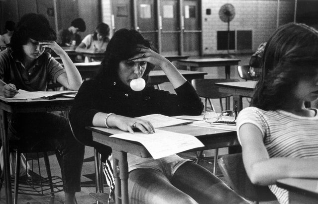 """""""Bubblegum Girl"""", 1984. """"Most of the students had no interest or excitement for high school, and I was finding it really difficult to work there"""", he once said. """"After a couple of months I kind of reached crisis point and I knew something drastic had to change"""". (Photo by Joseph Szabo/Courtesy of Michael Hoppen Gallery/The Guardian)"""
