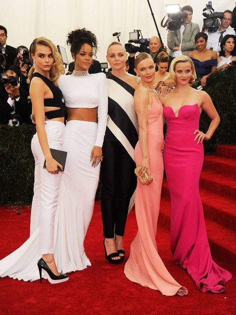 "(L-R) Cara Delevigne, Rihanna, Stella McCartney, Kate Bosworth and Reese Witherspoon attend the ""Charles James: Beyond Fashion"" Costume Institute Gala at the Metropolitan Museum of Art on May 5, 2014 in New York City. (Photo by Jamie McCarthy/FilmMagic)"