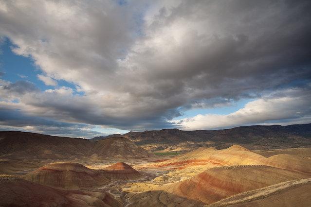 Paintd Hills, Oregon . (Jesse Estes)