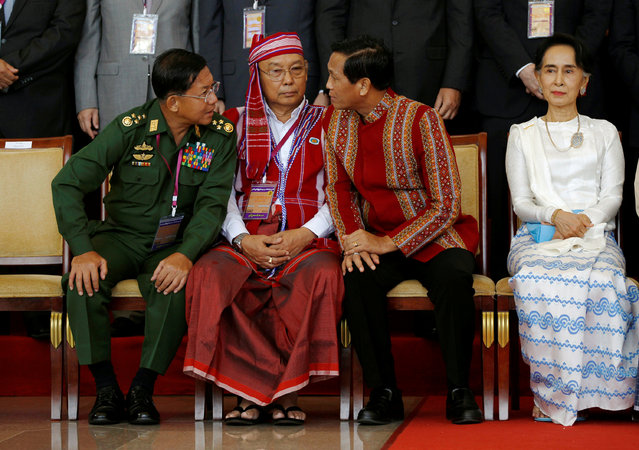 Myanmar military commander in chief Senior General Min Aung Hlaing, Speaker of upper house of parliament Mahn Win Khaing Than and Vice President Henry Van Thio chat next to State Counsellor Aung San Suu Kyi after the opening ceremony of the 21st Century Panglong Conference in Naypyitaw, Myanmar August 31, 2016. (Photo by Soe Zeya Tun/Reuters)