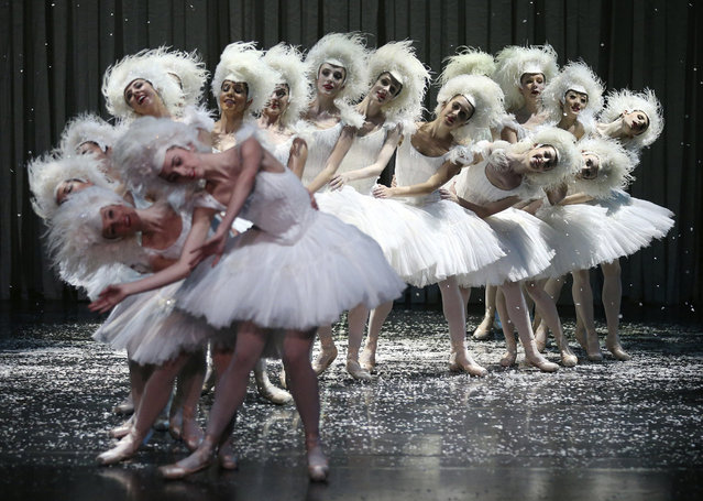 "Dancers from Australia's national ballet company perform on stage during a dress rehearsal of ""Nutcracker – The Story of Clara"" at the Opera House in Sydney, New South Wales, Australia, 01 May 2017. The show runs from 02 to 20 May in Sydney, and from 02 to 10 June in Melbourne. (Photo by David Moir/EPA/EFE)"