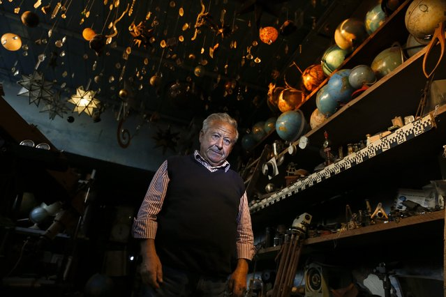 Italian collector Domenico Agostinelli poses in his museum in Dragona, near Rome, October 30, 2014. (Photo by Tony Gentile/Reuters)