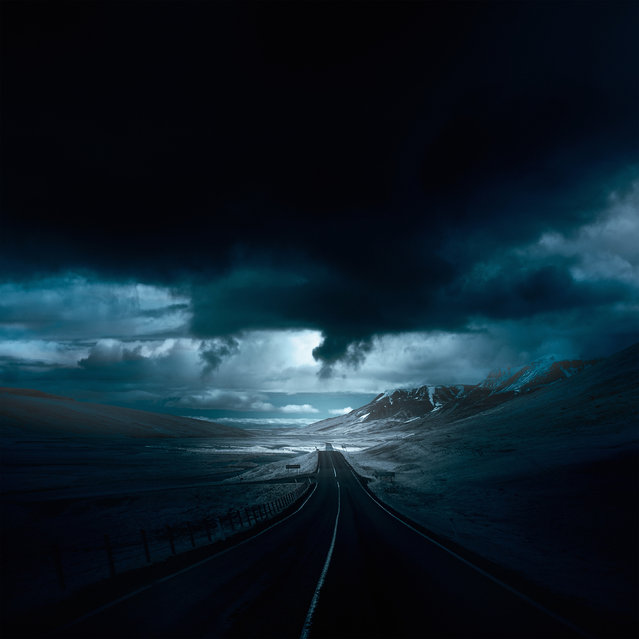 A globe-trotting photographer has captured some of the worlds most beautiful roads. Andy Lee's roads series features picturesque routes running through the likes of Iceland, Wales, England and Scotland. Here: moon sky over Hvammstangi, Iceland. (Photo by Andy Lee/Caters News)
