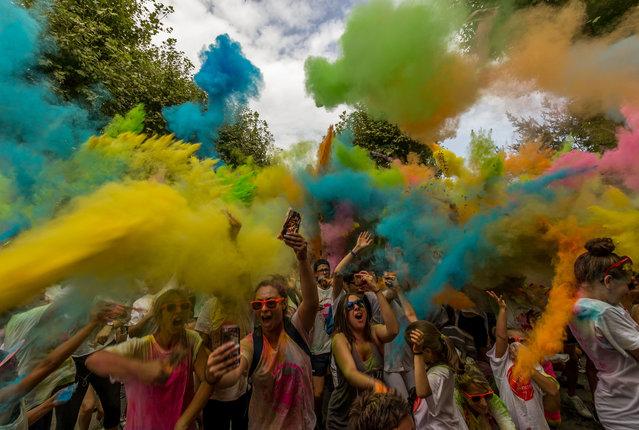 Colour run in Saint-Marcel-dArdèche. (Photo by Gilles Guilbert/@gilles.guilbert.photographies)