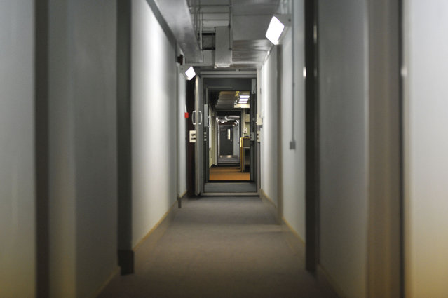 Long corridor is seen in a former Regional Government HQ Nuclear bunker built by the British government during the Cold War which  has come up for sale in Ballymena, Northern Ireland on February 4, 2016. (Photo by Clodagh Kilcoyne/Reuters)
