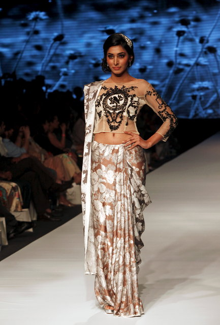 A model presents a creation by Pakistani designers Nida Azwer during the Fashion Pakistan Week (FPW) in Karachi March 31, 2015. (Photo by Akhtar Soomro/Reuters)