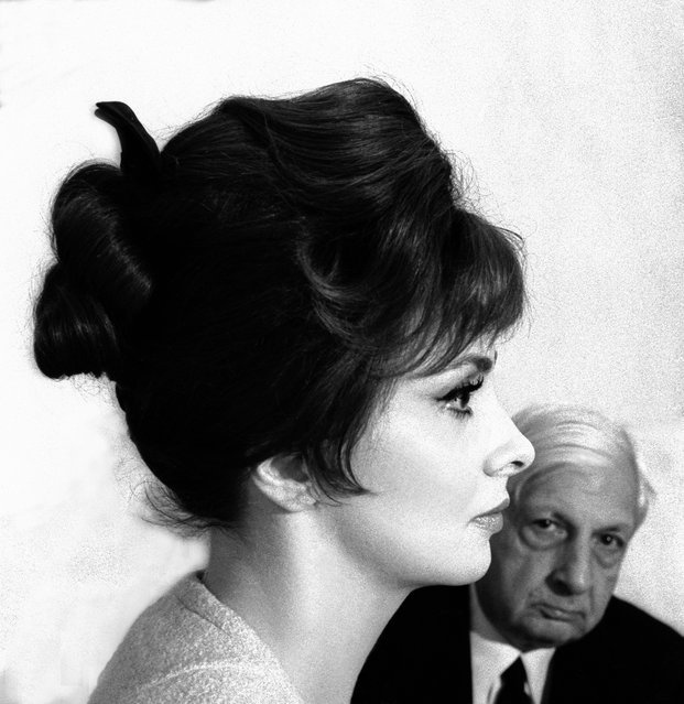 The actor Gina Lollobrigida with the artist and writer Giorgio de Chirico in Rome in 1961. (Photo by Paolo Di Paolo/National Museum of 21st Century Arts)