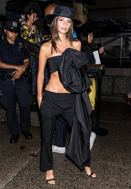 Emily Ratajkowski is seen arriving to Marc Jacobs SS19 fashion show during New York Fashion Week at Park Avenue Armory on September 12, 2018 in New York City. (Photo by Gilbert Carrasquillo/GC Images)