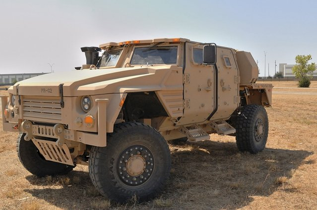 Lockheed Martin JLTV production-representative vehicle undergoes testing at the company's headquarters in Grand Prairie, Texas in this August 2015 handout picture. Oshkosh Corp has won a $6.75 billion contract to build 17,000 light tactical vehicles to replace the aging Humvees used by the U.S. Army and Marine Corps, the U.S. Army announced on August 25, 2015. (Photo by Reuters/Lockheed Martin)