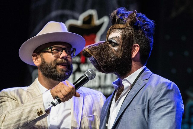 Isaiah Webb, Full Beard Freestyle 2nd place winner and the winner of the Big Joe Johnson Showmanship Award, speaks during the 2017 Remington Beard Boss World Beard & Moustache Championships held at the Long Center for the Performing Arts on September 3, 2017 in Austin, Texas. (Photo by Suzanne Cordeiro/AFP Photo)
