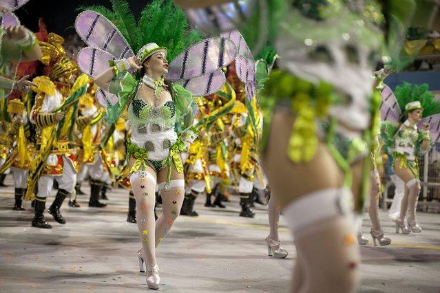 Members of the samba school Mancha Verde Special Group participate in a carnival parade at the sambodromo of Anhembi in Sao Paulo, Brazil, 08 February 2013. (Photo by Sebastiao Moreira/EPA)