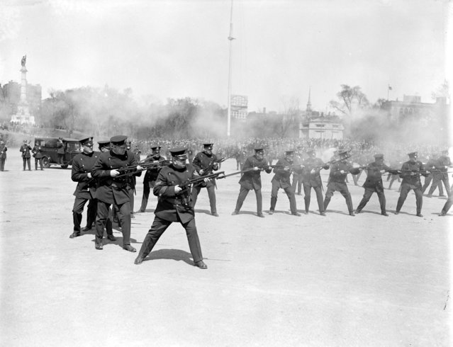 Boston Police train with riot guns, 1931. (Photo by Leslie Jones)