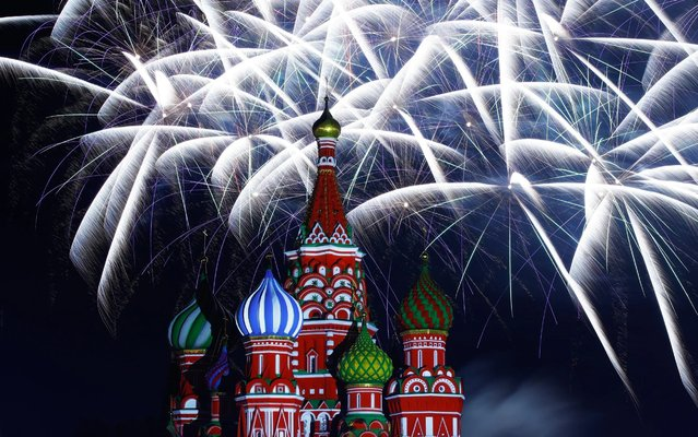 Fireworks over St Basil's Cathedral in Red Square at the end of a gala concert at the 2019 Spasskaya Tower Military Music Festival Festival and Tattoo in Moscow, Russia on August 28, 2019. (Photo by Artyom Geodakyan/TASS)