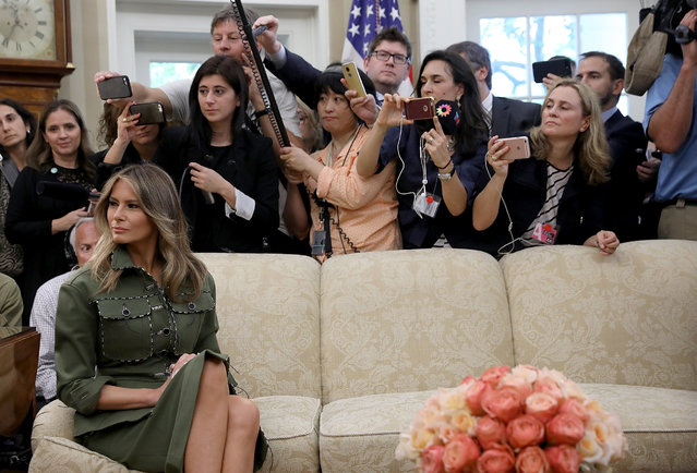 U.S. first lady Melania Trump attends the Oval Office meeting between U.S. President Donald Trump, President Mauricio Macri of Argentina and the first lady of Argentina, Juliana Awada, April 27, 2017 in Washington, DC. Trump is scheduled to meet with Macri throughout the morning and early afternoon to discuss a range of bilateral issues. (Photo by Win McNamee/Getty Images)