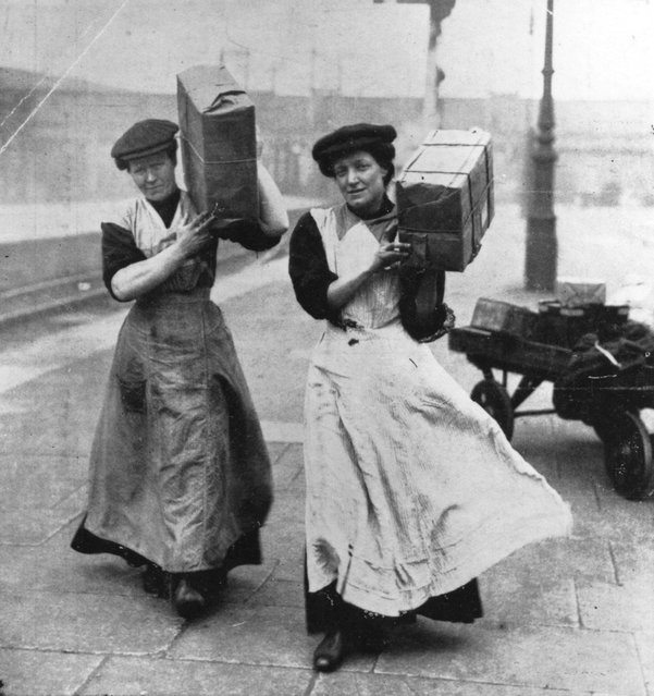 Two women replace the traditionally male porters at Marylebone Station in London during the First World war. Original Publication: Illustrated London News, 1915. (Photo by Hulton Archive)