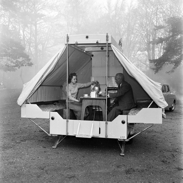 Designed for comfort the Bedouin B collapsible caravan converts from a compact trailer into a spacious home for two in four minutes flat, December 1956. (Photo by Harry Kerr/BIPs)