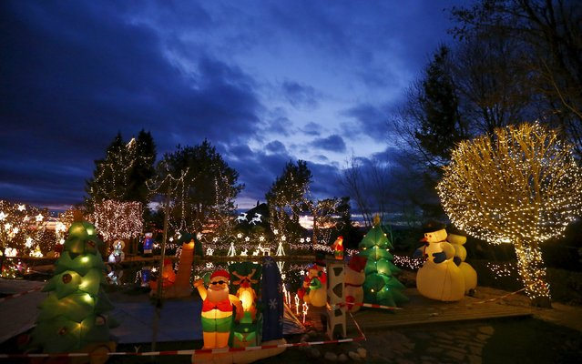 A general view shows the Christmas decoration at a country house estate in the village of Bad Tatzmannsdorf, Austria, November 30, 2015. (Photo by Leonhard Foeger/Reuters)