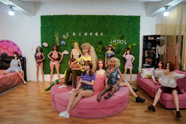 Various styles and designs of s*x dolls are displayed at the WMDOLL factory in Zhongshan, Guangdong Province, China, July 11, 2018. The exports account for 80 percent of WMDOLL sales, and half of their overseas shipments go to the United States. Dolls with tanned skin colour are the most popular in overseas markets. (Photo by Aly Song/Reuters)
