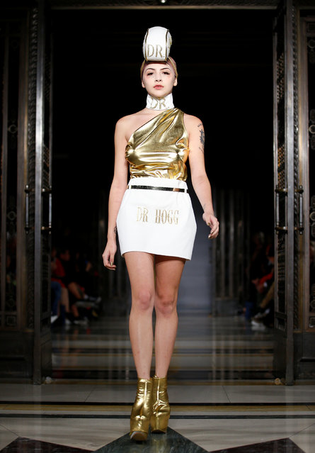 A model presents a creation at the Pam Hogg catwalk show at Freemasons Hall during London Fashion Week Women's in London, Britain September 14, 2018. (Photo by Henry Nicholls/Reuters)