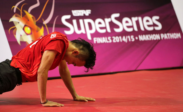 Sepak Takraw, ISTAF Super Series Finals Thailand 2014/2015, Nakhon Pathom Municipal Gymnasium, Huyjorake Maung, Nakonprathom, Thailand on October 20, 2015: Philippines' Rheyjhey Ortouste in action during the group stage. (Photo by Asia Sports Ventures/Action Images via Reuters)