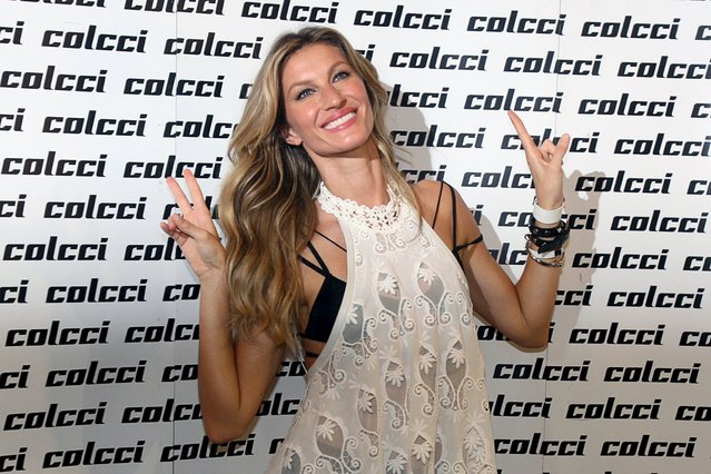 Brazilian top model Gisele Bundchen poses before the showcase of the Colcci Summer 2016 Ready To Wear collection during Sao Paulo Fashion Week in Sao Paulo April 15, 2015. (Photo by Jose Patricio/Reuters)