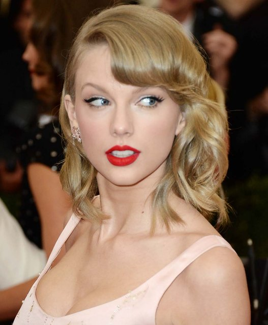 Taylor Swift, The 2014 Charles James: Beyond Fashion Costume Institute Gala – Arrivals at The Metropolitan Museum of Art, North America Rights Only-New York, NY, on May 05, 2014. (Photo by Briquet-Douliery/Abaca/Startraksphoto.com)