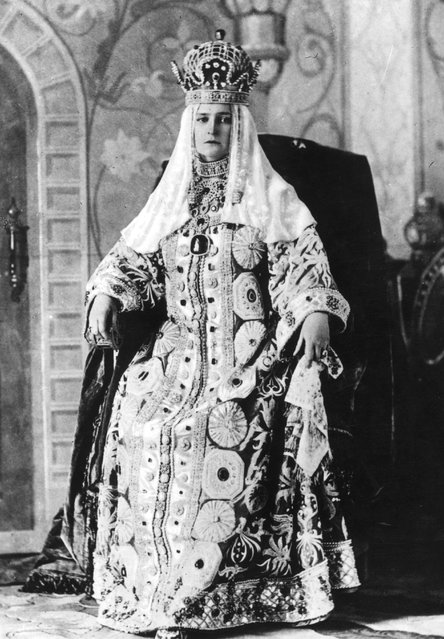 Alexandra, Tsarina of Russia in her coronation dress. Formerly Alix of Hesse-Darmstadt, she married Nicholas of Russia in the same year that he became Tsar Nicholas II, 1894.
