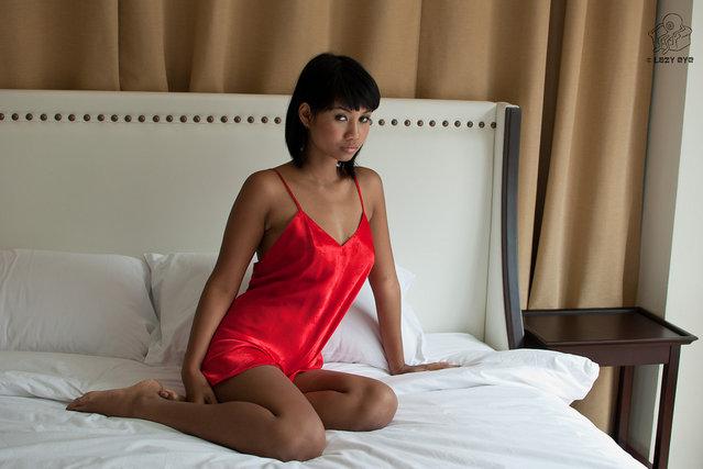s*xy Asian Beauty. Xanny in Red