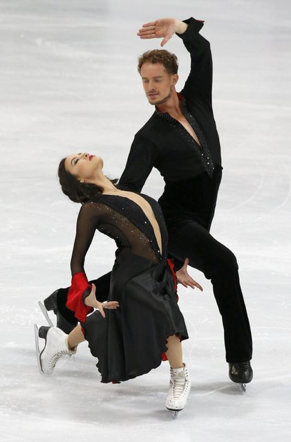 Madison Chock and Evan Bates of the U.S. perform during the ice dance short program at the Rostelecom Cup ISU Grand Prix of Figure Skating in Moscow November 14, 2014. (Photo by Grigory Dukor/Reuters)