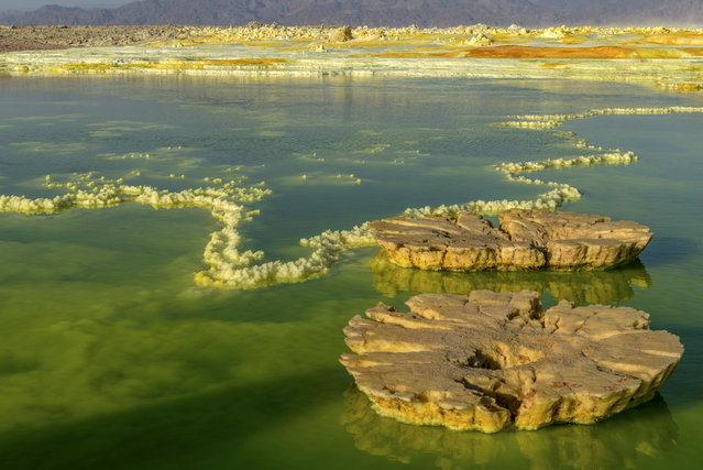 """The acid pools were something out of this world"", he said. (Photo by Neta Dekel/Caters News Agency)"
